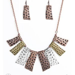 Jewelry - Necklace with earrings nwt